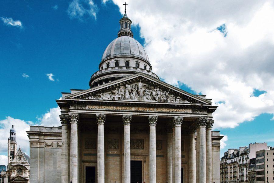 Paris-Tour-Quarter-Guided-Latin