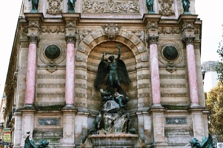 Tour-Paris-Viertel-Guided-Latin
