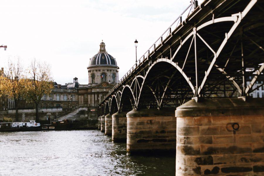 Rundgang-Stadt-Paris