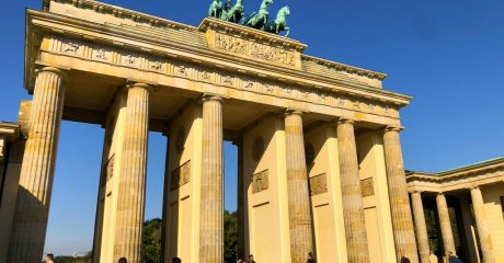 History of Berlin – City Guided Walking Tour – Private Tour in German